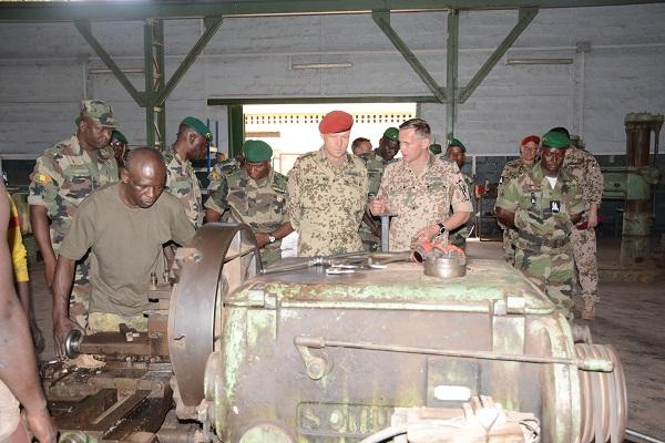 Mali – Coopération militaire Mali-Allemagne : le Général allemand NIEMA visite les réalisations de laCoopération