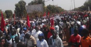 Burkina – Une marche-meeting à Ouagadougou pour dénoncer la gravité de la situationsociopolitique