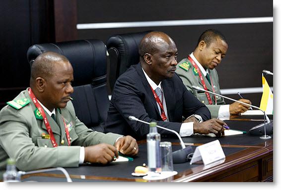Niger – Le ministre de la Défense KALLA MOUTARI à l'avant-garde de la mobilisation des ressources financières pour le G5SAHEL