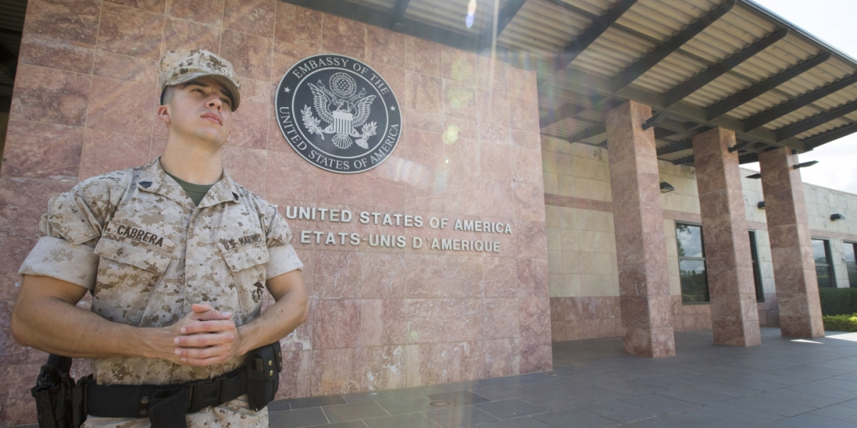 Niger – Navy SEAL Under Investigation in Death of Green Beret Is a Former Mixed Martial ArtsFighter