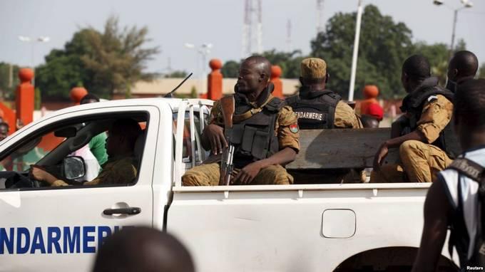 Burkina: un commissariat incendié dans le nord, près de la frontièremalienne