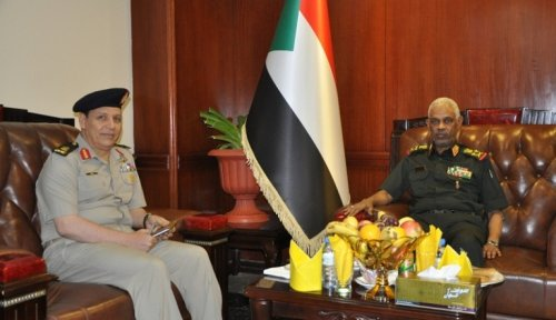 Sudan calls to develop military intelligence coordination withEgypt