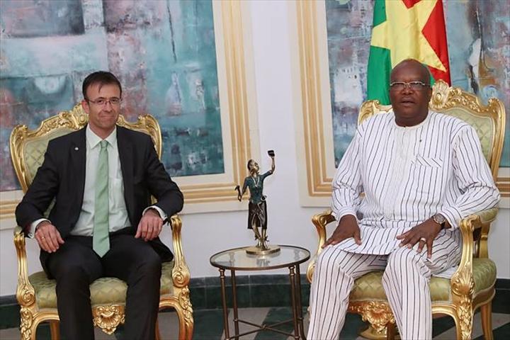 Burkina: Le Président du Faso s'entretient avec une mission économiquesuisse