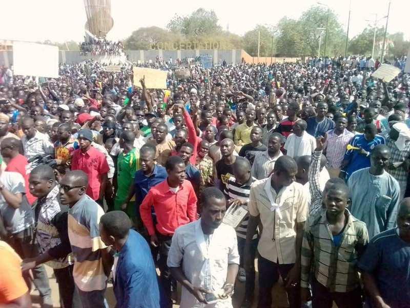Níger- La mobilisation ne faiblit pas contre la loi des finances et la gouvernanced'Issoufou