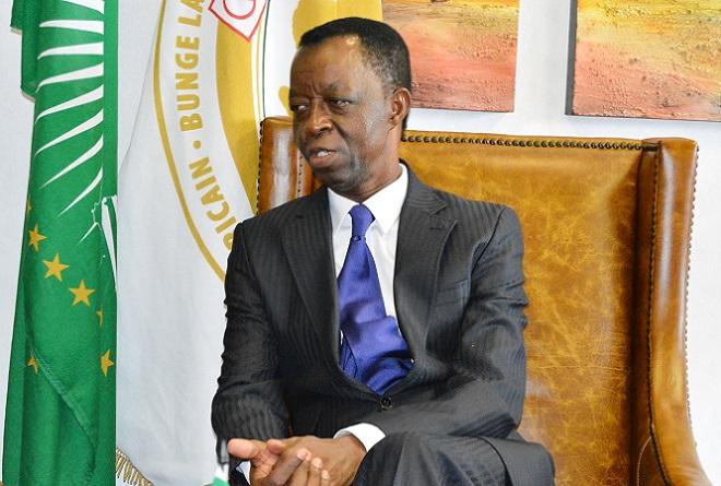 Le Parlement panafricain discutera des mesures contre le trafic d'armesillicite