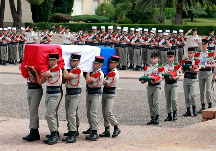 France/Mali: Députés et gouvernement rendent hommage aux deux soldats tués auMali
