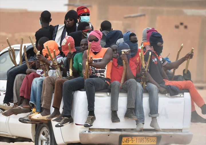 Niger – 6 000 migrants interceptés dans le désert et 37 présumés trafiquants condamnés en2017