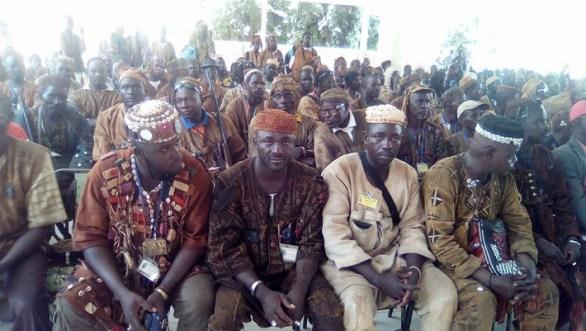 Burkina Faso- Groupes d'auto-défense : Les dozo du Centre-Est chez le chef deKoupéla