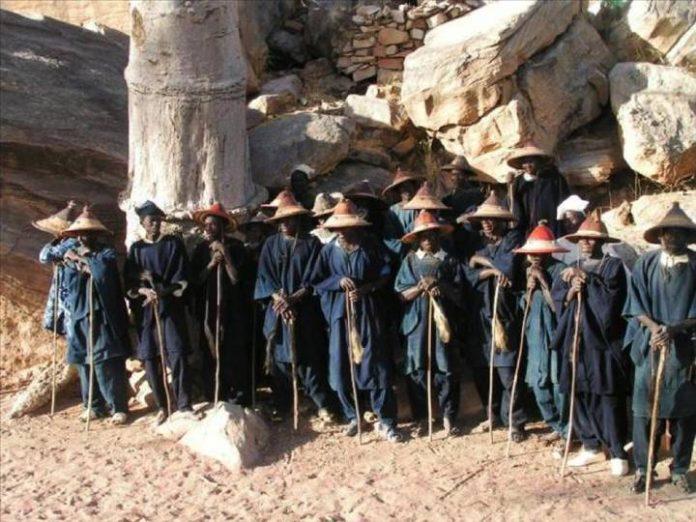 Mali – Koro et Douentza : Ginna Dogon et Tabital Pulaaku en mission pour ramener la paix et laquiétude