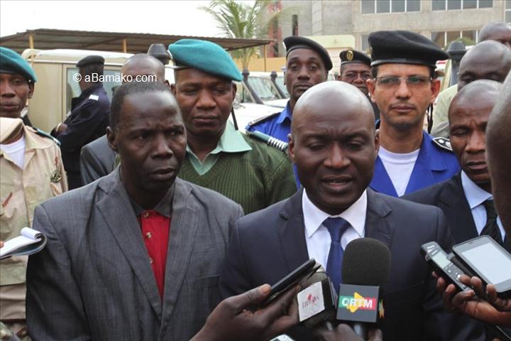 """Mali – Le ministre de la Sécurité et de la Protection civile, le général Salif Traoré : """"Des marchés sont en cours pour l'acquisition de matériels blindés etlégers…"""""""