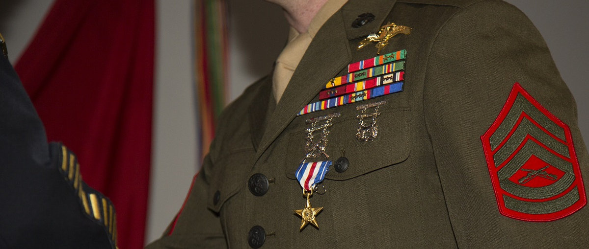 Mali/US – Marine Raider receives Silver Star for actions during terror attack in Mali