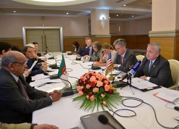 Algérie/USA – Dialogue algéro-américain: réunion à Alger sur les questions sécuritaires et la lutteantiterroriste