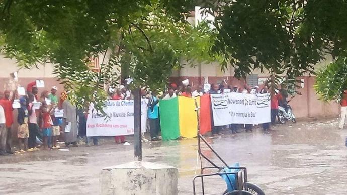 Mali – Pour 14 mois d'arriérés de salaires : Un sit-in à la gare ferroviaire deKayes