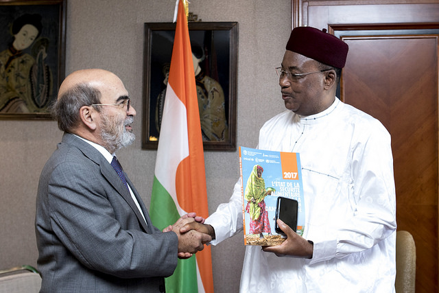 "President of Niger: ""Development is the only way to stop migration"""