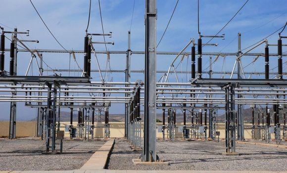 Electricité: l'Algérie et le Maroc approvisionneront laTunisie