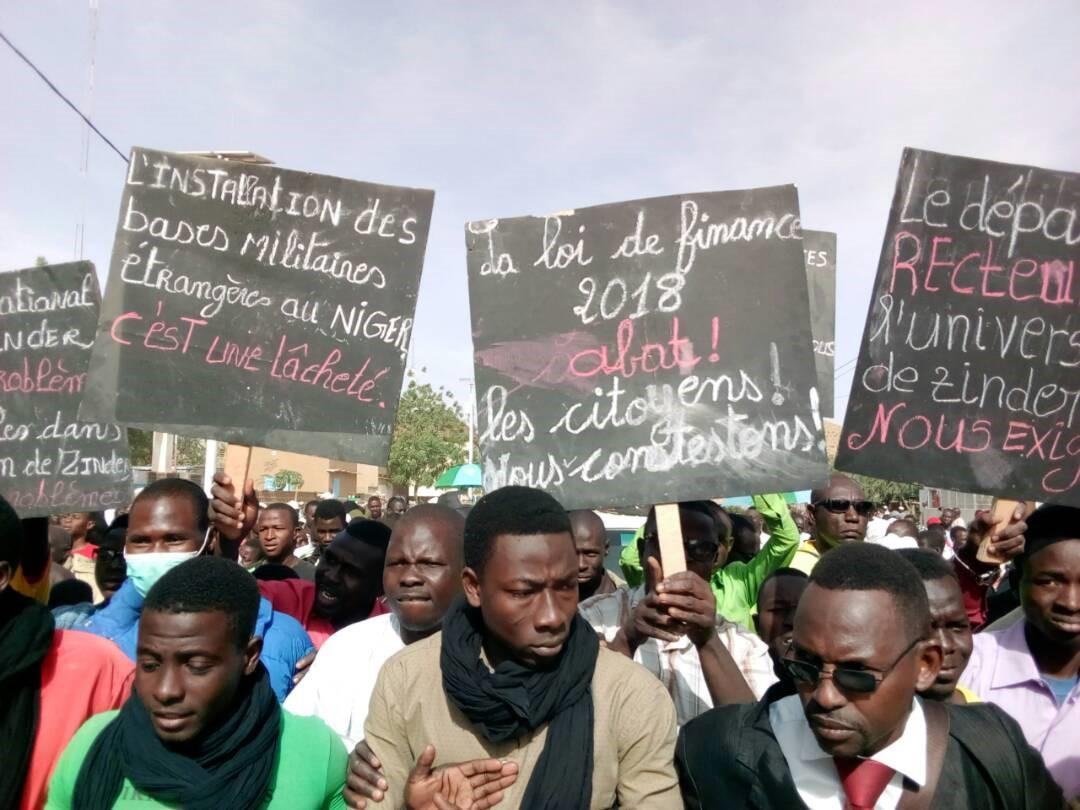 Niger- Marche suivie de meeting de la société civile à Zinder contre la loi desFinances