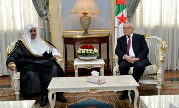Algérie – Développer les moyens de lutte contre extrémisme en fonction des nouvellesdonnes