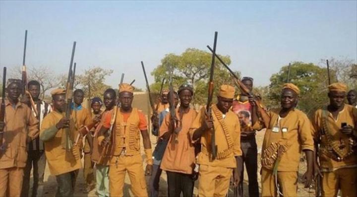 Burkina : 3 morts et une quinzaine de blessés dans les affrontements entre des groupesd'autodéfense