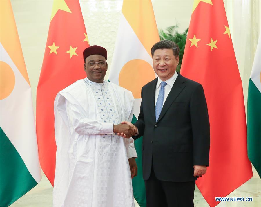 Niger/Uranium – Route de l'uranium, Energie, Cimenterie, et infrastructures diverses au centre des entretiens entre le Président Issoufou et des entrepreneurschinois