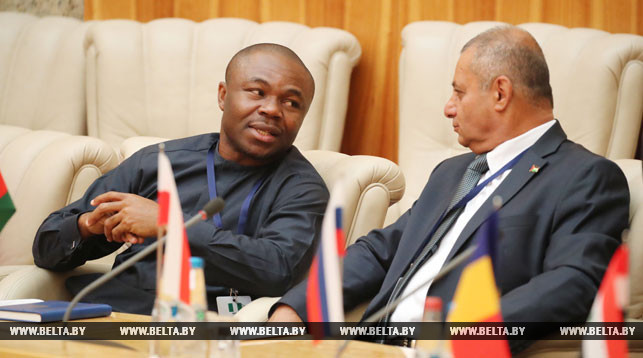 Nigeria interested in cooperation with Belarus in mechanical engineering