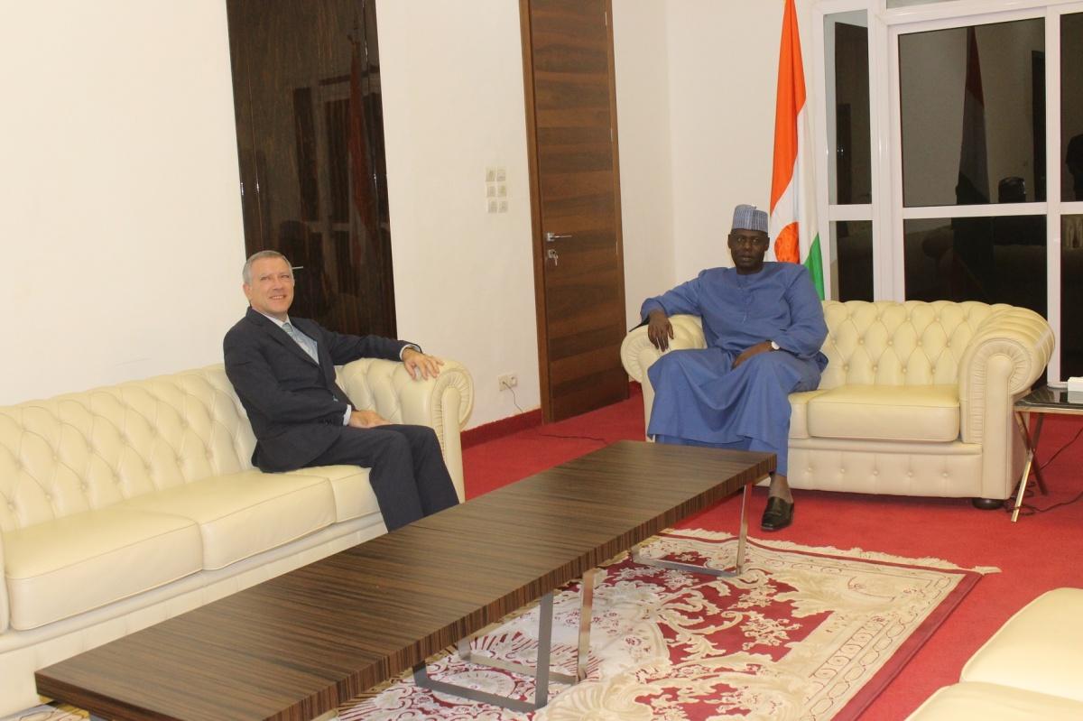 Niger – La rencontre interparlementaire de France et des pays du G5 Sahel de Paris au centre d'un entretien accordé à l'ambassadeur deFrance