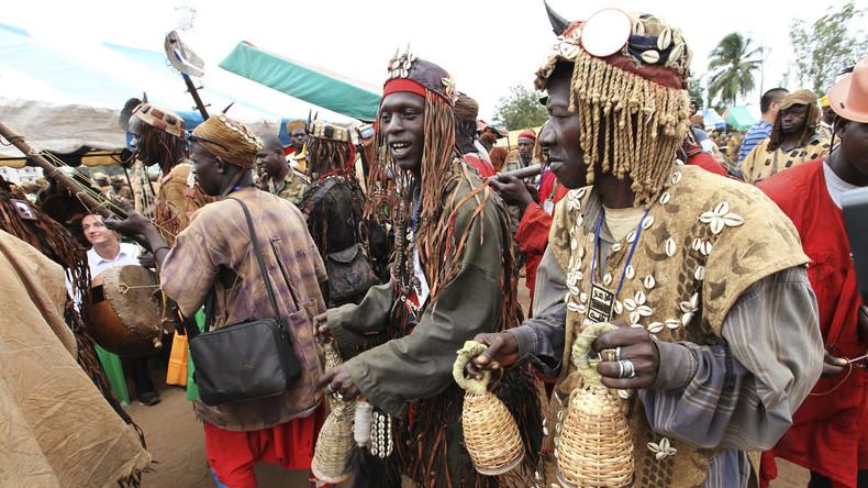 Burkina Faso : des chasseurs traditionnels «Dozo» mettent en déroute des individus suspects armés dans le sud-ouest dupays