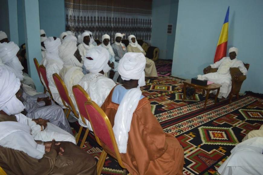 Tchad / Libye – Déby appelle à empêcher l'immigration des tchadiens vers laLibye