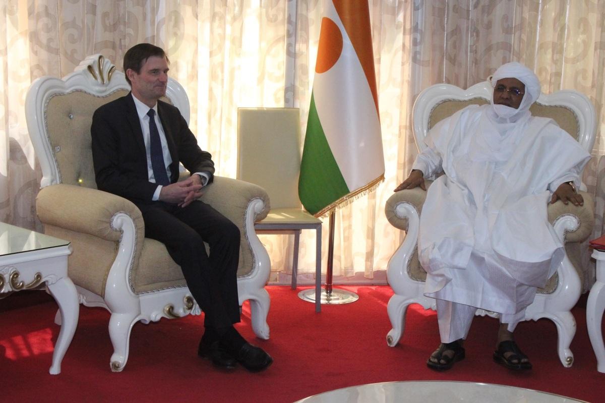 Niger – Le Premier Ministre nigérien reçoit le Sous-Secrétaire d'Etat américain aux AffairesPolitiques