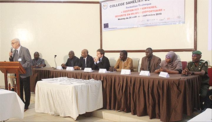 Niger – Atelier de formation sur la gestion des frontières : Une trentaine d'agents des FDS des pays du G5 SAHEL en formation sur la sécurité en milieuaéroportuaire