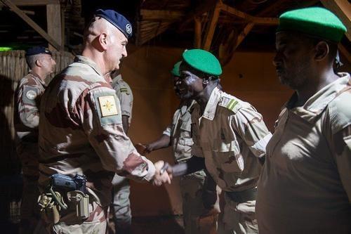 Mali – Onze cadres des Forces Armées Maliennes en immersion au sein de la ForceBarkhane