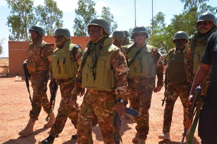 Mali – Régions de Gao et Ménaka : Le Général Ibrahima Dahirou Dembélé promet que tous les camps seront réoccupés parl'armée