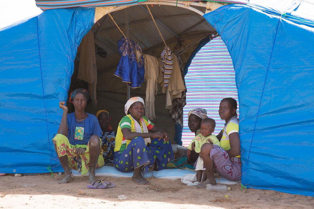 Burkina Faso : vers la relocalisation d'un camp de réfugiésmaliens