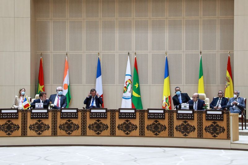 Sahel summit agrees need to intensify campaign against jihadists