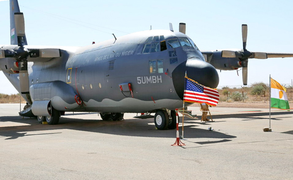 Nigerien C-130 arrives home from the United States
